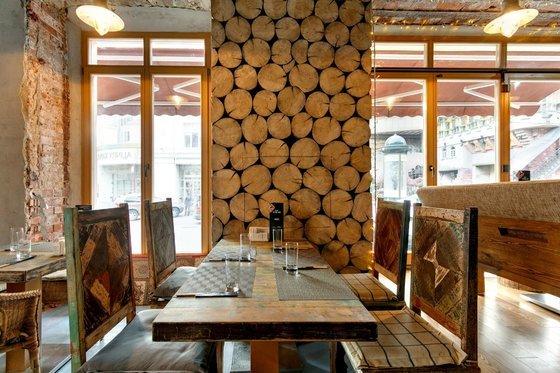 Ресторан Stone Age Café - фотография 7