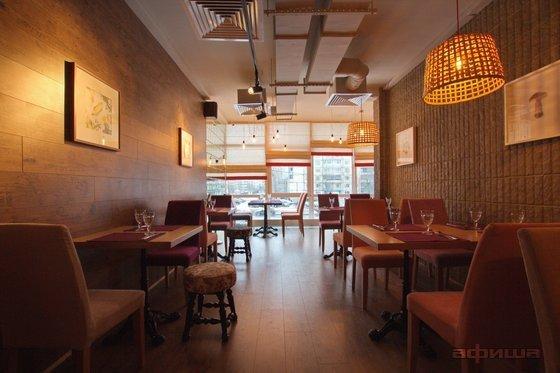 Ресторан Все свои - фотография 19