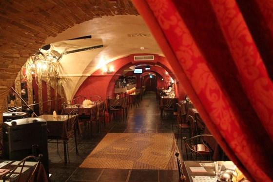 Ресторан Маска - фотография 4 - Кафе