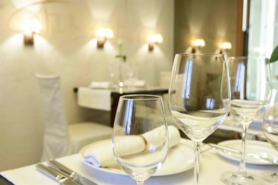 Ресторан Byron - фотография 4 - Десертный зал