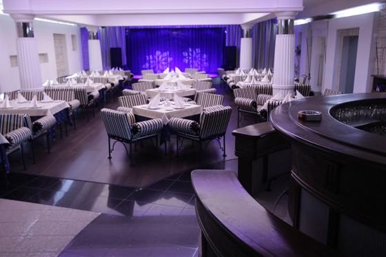 Ресторан Адриатика - фотография 3 - Интерьер