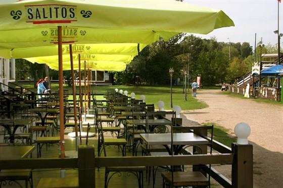 Ресторан Поместье - фотография 7 - Летняя веранда