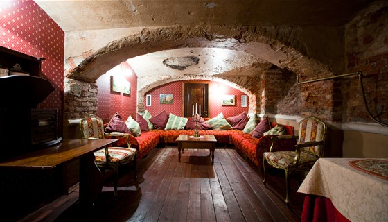 Ресторан Русский ампир - фотография 9 - Тайные комнаты: сигарная