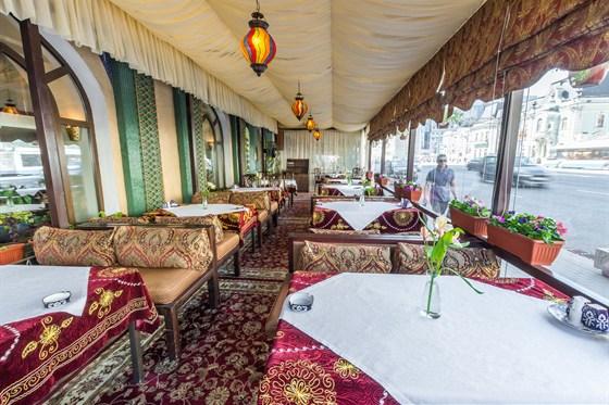 Ресторан Самарканд - фотография 17 - Летняя веранда в Самарканде