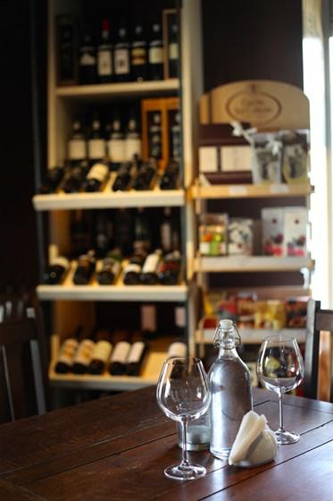 Ресторан Винный базар на Комсомольском - фотография 2