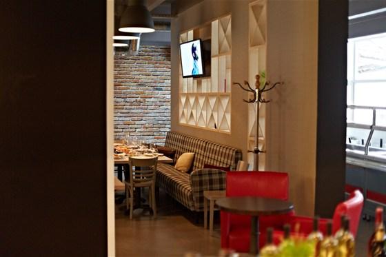 Ресторан Фабрика домашней еды - фотография 3