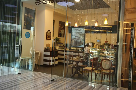 """Ресторан Coffee and the City - фотография 1 - Уютная кофейня в БЦ """"Город столиц"""""""