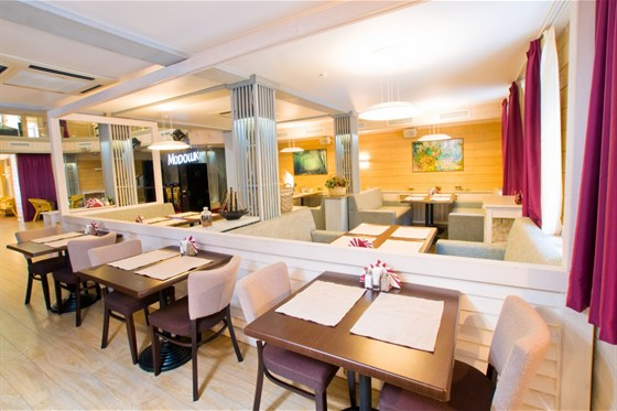 Ресторан Морошка - фотография 12