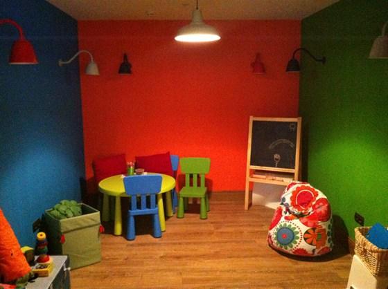 Ресторан Italy на Московском - фотография 7 - Детская комната