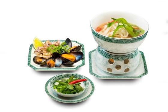 Ресторан Храм дракона - фотография 1 - Вьетнамский суп Лау