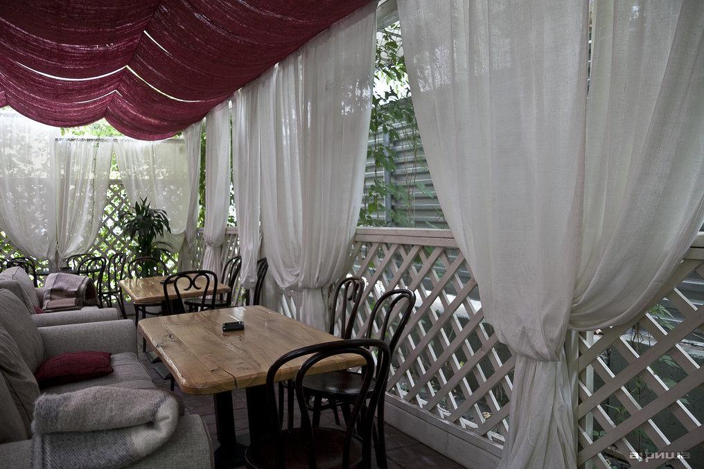 Ресторан Гаврош - фотография 11