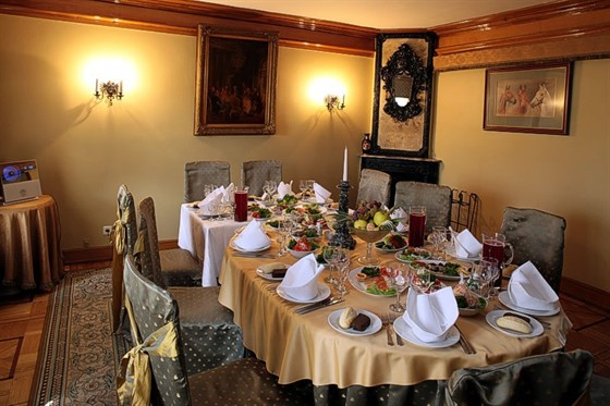 Ресторан Усадьба - фотография 2 - VIP-зал ресторана Усадьба