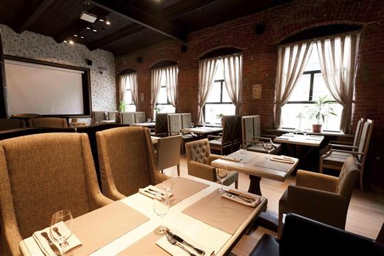 Ресторан Jimmy's Pub - фотография 18 - Малый зал