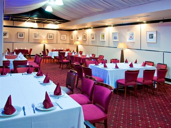 Ресторан Галерея - фотография 3 - банкетный зал