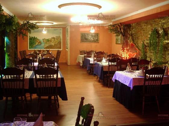 Ресторан Огни Баку - фотография 5 - главный зал