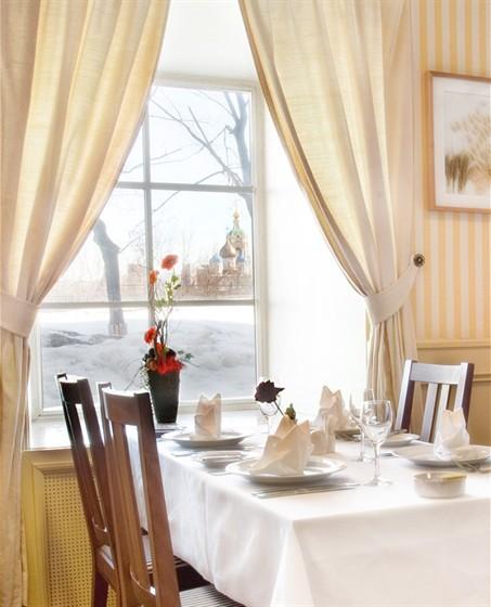 "Ресторан Стокгольм - фотография 2 - Ресторан ""Стокгольм"" в гостинице ""Катерина Сити"""