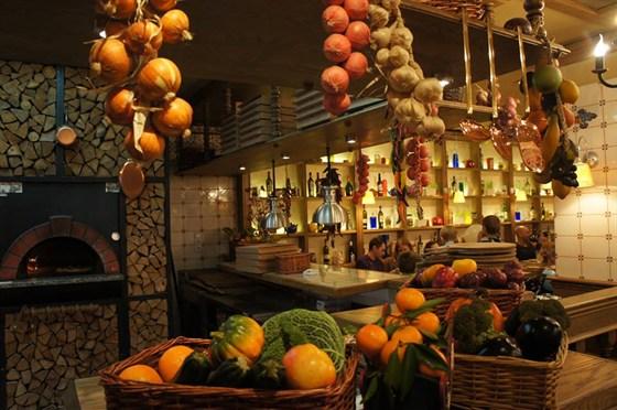 Ресторан Paprikolli - фотография 2 - Интерьер
