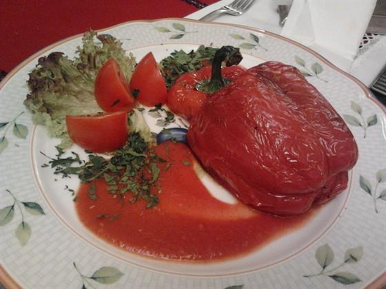 Ресторан Баба Марта - фотография 30 - Чушки пълнени