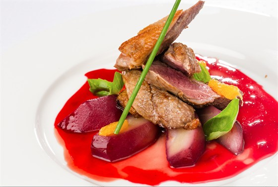 Ресторан Де Марко - фотография 1 - Гусь с пряной грушей