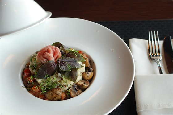 Ресторан Sport Café - фотография 18 - Ризотто с грибами и ветчиной 290 руб