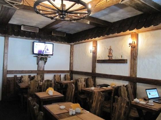 Ресторан Хинкали - фотография 1 - Интерьер хинкальной на Китай-Городе