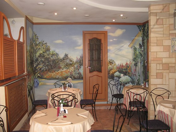 Ресторан Монмартр - фотография 3 - Зал на 25 человек