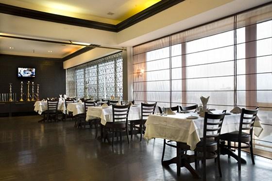 Ресторан Дарбарс - фотография 13