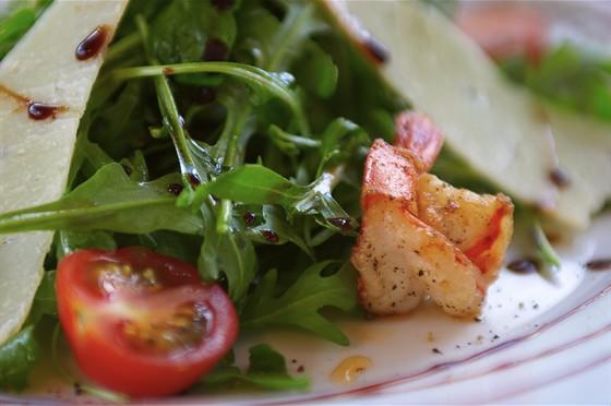 Ресторан La Fenice - фотография 12 - салат с руколой