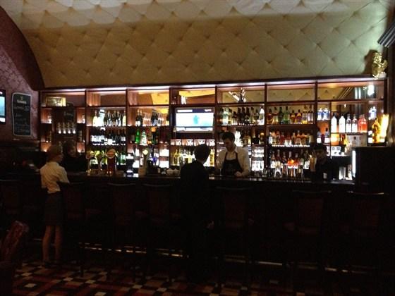 Ресторан Union Jack - фотография 1 - Бар Union Jack