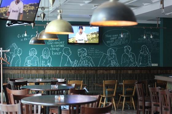 Ресторан One More Pub - фотография 8