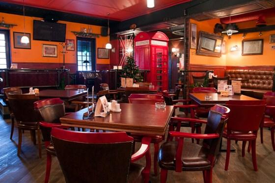 Ресторан Daddy Pub - фотография 22