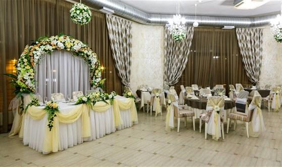 Ресторан Артишок - фотография 11 - Банкетный зал.