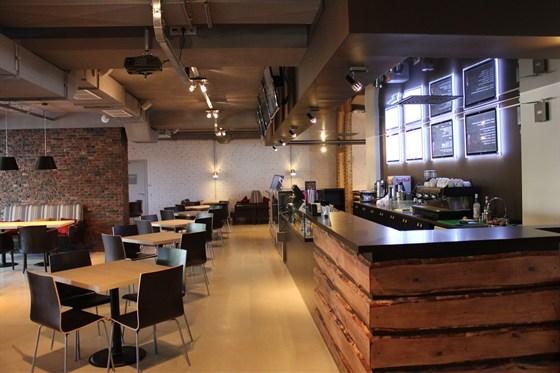 Ресторан Маруся - фотография 2 - хороший выбор напитков и блюд