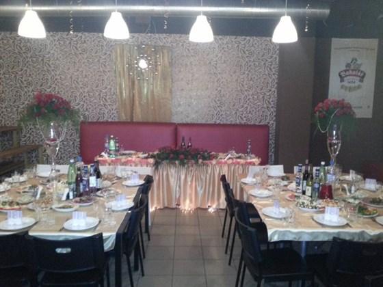 Ресторан 2.0 - фотография 7 - Вариант зала свадебного банкета на 80 персон