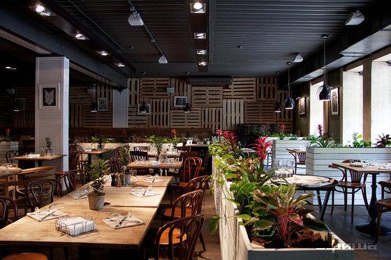 Ресторан Food & Wine - фотография 28