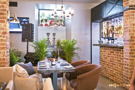 Ресторан Пять два - фотография 12