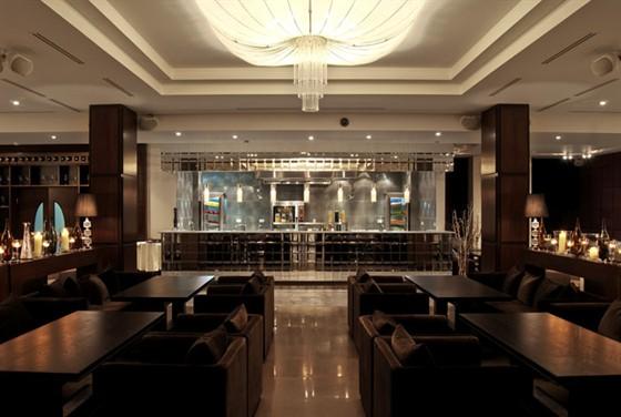 Ресторан Andiamo - фотография 19 - Основной зал