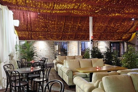 Ресторан Гаврош - фотография 16