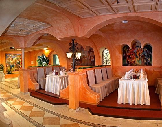 Ресторан Вега - фотография 4 - Банкетный зал Измайловский двор