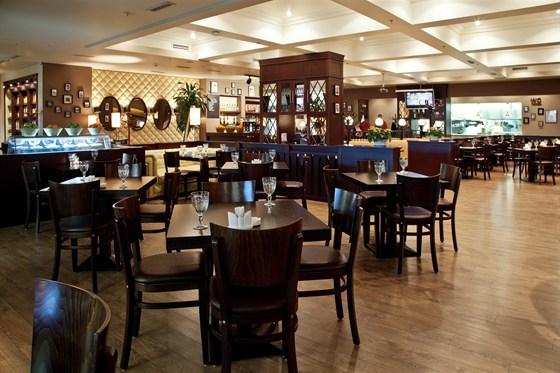 Ресторан Bora Bora - фотография 12