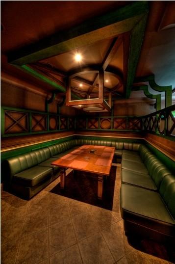 Ресторан Rosie O - фотография 4 - Прекрасное место для большой компании