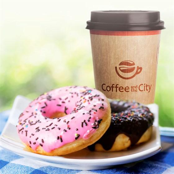 Ресторан Coffee and the City - фотография 1 - Кофе и донаты из кофейни
