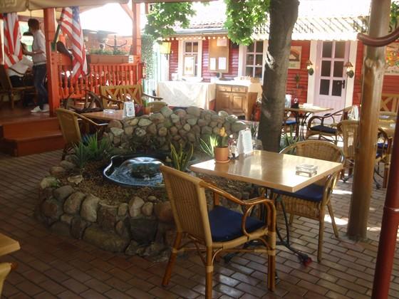 Ресторан Louisiana - фотография 2 - Летняя веранда