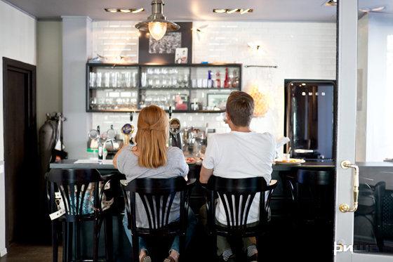 Ресторан Крылышко или ножка - фотография 6