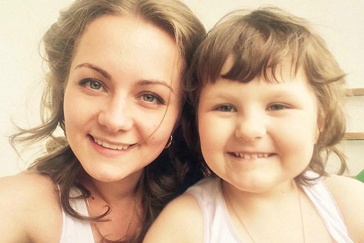 a4f717f15660 Мама девочки с опухолью мозга Ольга Марчева рассказала «Афише Daily» о  ложных диагнозах, принятии ребенка с особенностями и ценности каждого  прожитого дня.