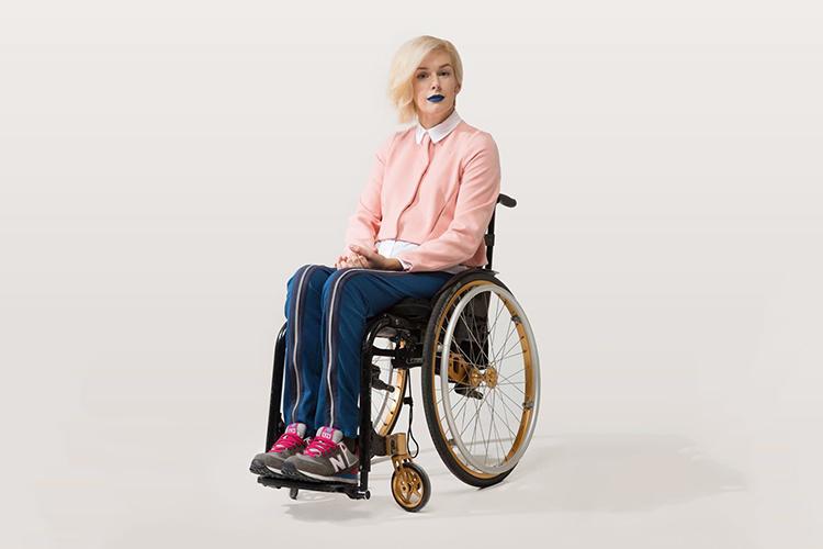Секс с парнем на инвалидной коляске и фото 93-412