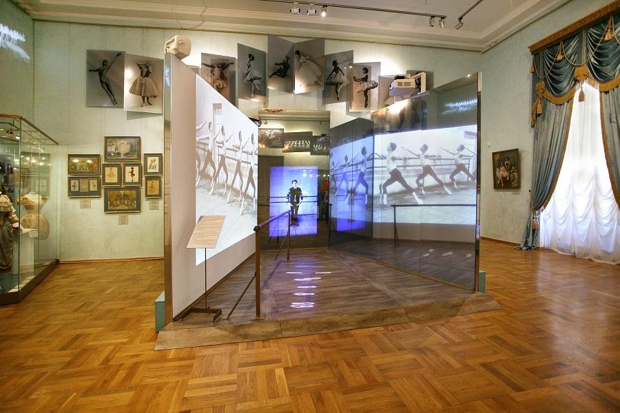 Фото музей театрального и музыкального искусства