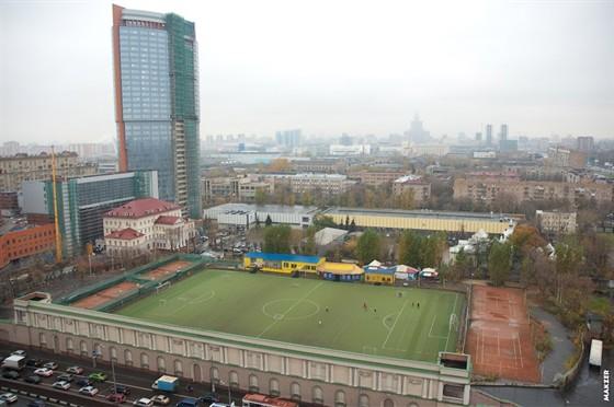 Фото теннисные корты Стадиона юных пионеров