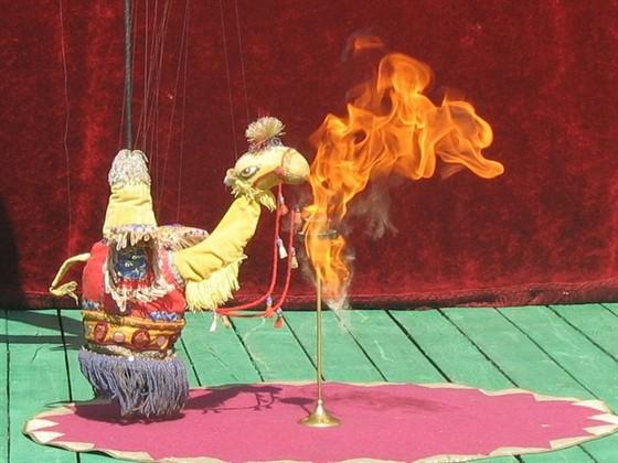 Цирк на нитях смотреть фото