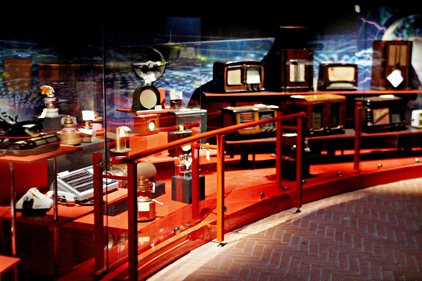 Музей науки и техники смотреть фото